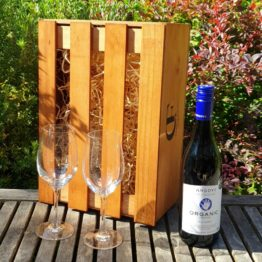 Gift Box - Angove Organic Shiraz +/- Glasses