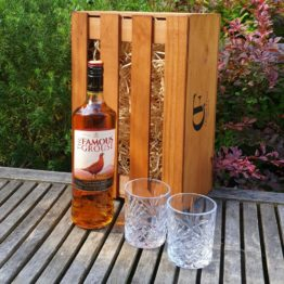 Gift Box - The Famous Grouse 750ml + Glasses