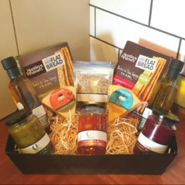 Gift Hamper - Crackers & more